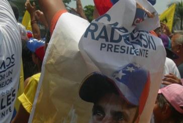 Capriles y el pisoteo de Bolivar
