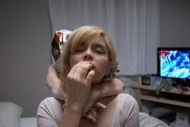 Mujer al borde del estallido