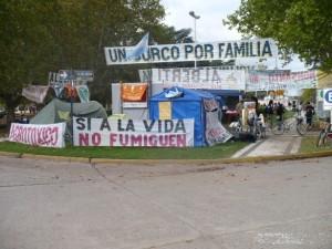 201305-Alberti-PlazadelAcampe