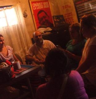 La experiencia Fines en Los Robles: terminar la escuela en el barrioy con pastelitos