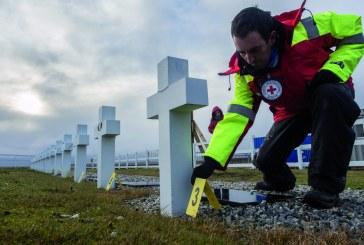 Malvinas a 36 años:Tumbas que callan