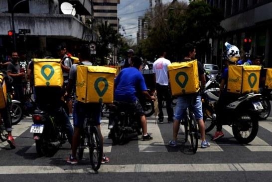 """Trabajadores de Rappi, Pedidos Ya y Glovo denuncian robos reiterados y """"vacío legal"""" contra la precarización de las empresas"""