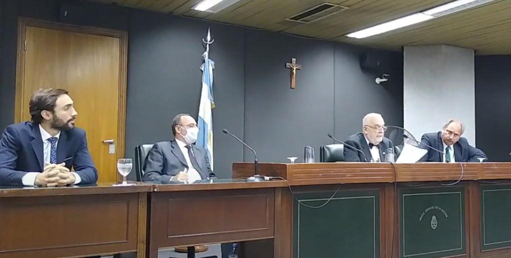 El tribunal durante la lectura de la sentencia