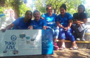 Marisa Castariño, la primera de izquierda, con sus compañeras promotoras ambientales