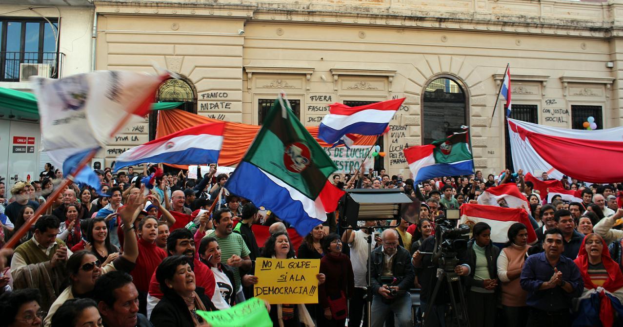 """La crisis paraguaya: """"Llora, llora urutaú…"""""""